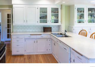 Photo 8: 2171 Lafayette St in : OB South Oak Bay House for sale (Oak Bay)  : MLS®# 873674