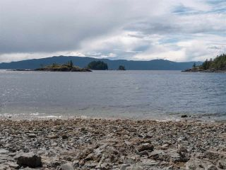 """Photo 23: 7 12248 SUNSHINE COAST Highway in Madeira Park: Pender Harbour Egmont Manufactured Home for sale in """"SEVEN ISLES"""" (Sunshine Coast)  : MLS®# R2604086"""