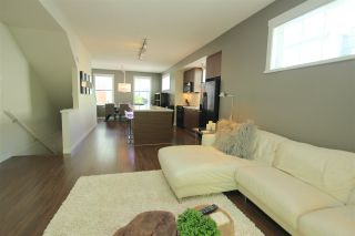 """Photo 6: 38 2495 DAVIES Avenue in Port Coquitlam: Central Pt Coquitlam Townhouse for sale in """"ARBOUR"""" : MLS®# R2068269"""