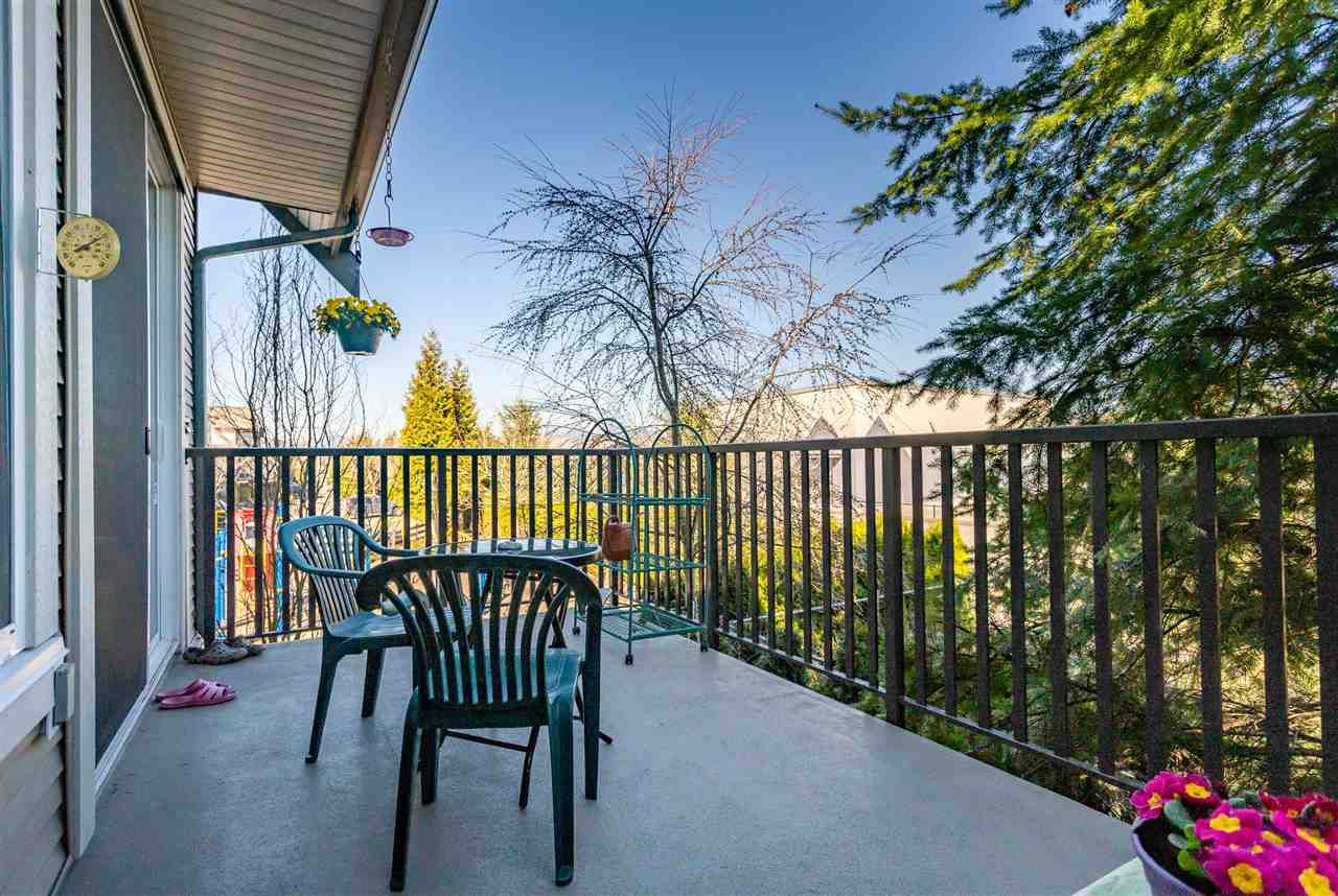 "Photo 16: Photos: 21 8250 209B Street in Langley: Willoughby Heights Townhouse for sale in ""Outlook"" : MLS®# R2352663"