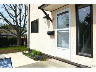 Photo 4: 1 1786 Albert Ave in VICTORIA: Vi Jubilee Row/Townhouse for sale (Victoria)  : MLS®# 664833