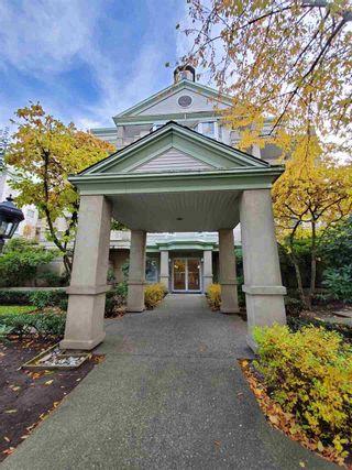"""Photo 1: 220 15268 105 Avenue in Surrey: Guildford Condo for sale in """"Georgian Gardens"""" (North Surrey)  : MLS®# R2514267"""