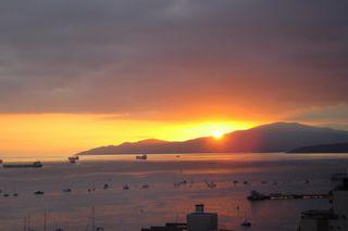 Photo 3: Vancouver, condominium