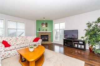 """Photo 4: 28 46906 RUSSELL Road in Chilliwack: Promontory Townhouse for sale in """"Russell Heights"""" (Sardis)  : MLS®# R2542440"""