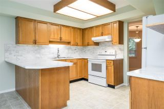 """Photo 7: 126 16350 14 Avenue in Surrey: King George Corridor Townhouse for sale in """"West Winds"""" (South Surrey White Rock)  : MLS®# R2556277"""