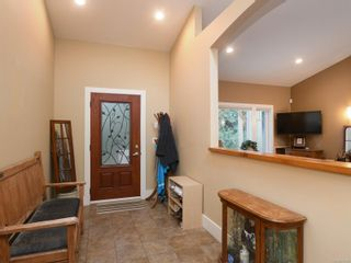 Photo 6: 6830 East Saanich Rd in : CS Saanichton House for sale (Central Saanich)  : MLS®# 873148