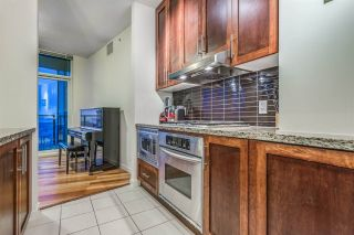 """Photo 13: 3704 1189 MELVILLE Street in Vancouver: Coal Harbour Condo for sale in """"THE MELVILLE"""" (Vancouver West)  : MLS®# R2589411"""