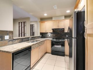 "Photo 8: 32 6300 BIRCH Street in Richmond: McLennan North Townhouse for sale in ""SPRINGBROOK ESTATES"" : MLS®# R2512990"
