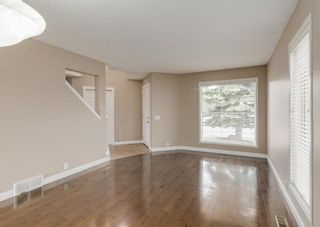 Photo 12: 151 Douglas Woods Hill SE in Calgary: Douglasdale/Glen Detached for sale : MLS®# A1092214