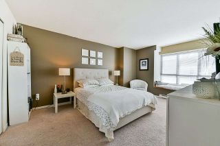 """Photo 10: 21 6577 SOUTHOAKS Crescent in Burnaby: Highgate Townhouse for sale in """"TUDOR GROVE"""" (Burnaby South)  : MLS®# R2345569"""