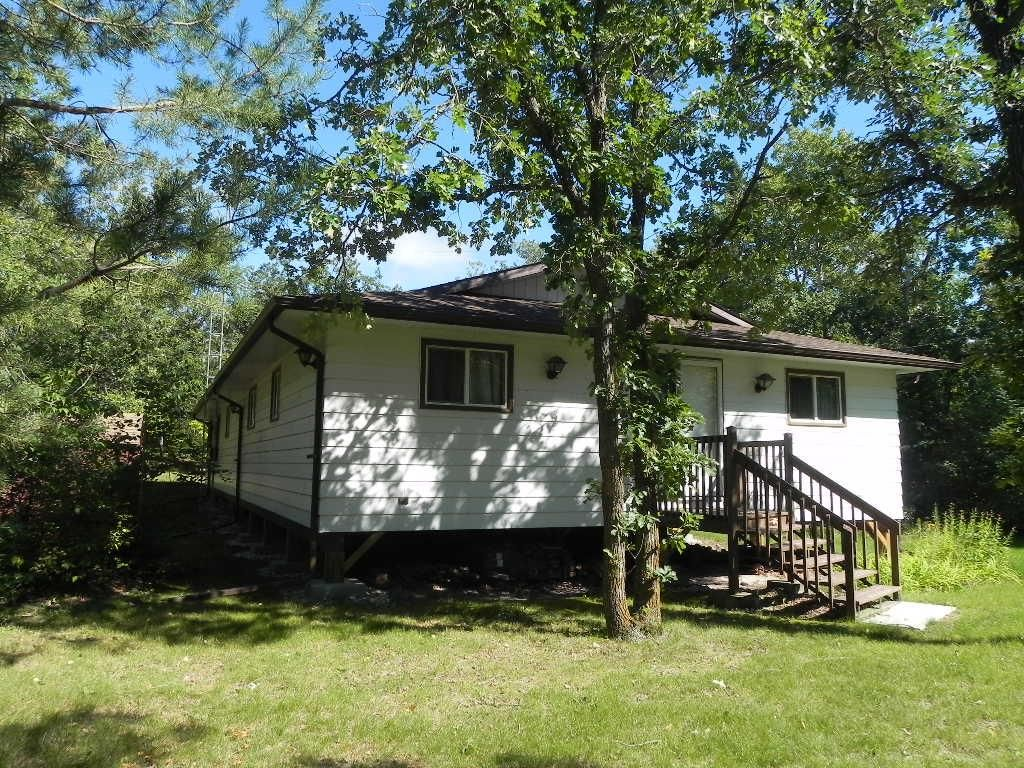 """Main Photo: 76 JOHNNY""""S Drive: Belair Residential for sale (R27)"""