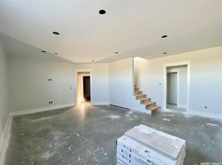 Photo 34: 818 Conquest Avenue in Outlook: Residential for sale : MLS®# SK860876