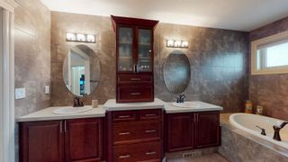 Photo 25: 412 AINSLIE Crescent in Edmonton: Zone 56 House for sale : MLS®# E4255820