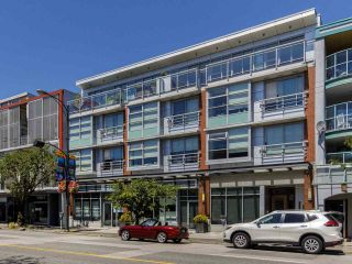 """Photo 33: 204 4375 W 10TH Avenue in Vancouver: Point Grey Condo for sale in """"The Varsity"""" (Vancouver West)  : MLS®# R2552003"""