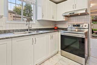 """Photo 5: 8 11880 82 Avenue in Delta: Scottsdale Townhouse for sale in """"Briarwood Estate"""" (N. Delta)  : MLS®# R2617967"""