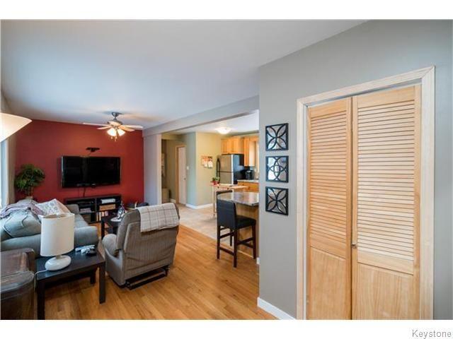Photo 6: Photos: 8428 ROBLIN Boulevard in HEADINGLEY: Headingley South Residential for sale (South Winnipeg)  : MLS®# 1601053