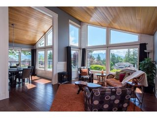 """Photo 3: 35101 PANORAMA Drive in Abbotsford: Abbotsford East House for sale in """"Panorama Ridge"""" : MLS®# R2583668"""