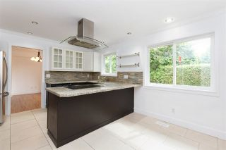 Photo 8: 11886 BONSON Road in Pitt Meadows: Central Meadows House for sale : MLS®# R2292813