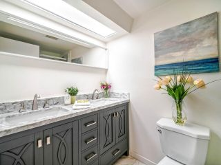 "Photo 14: 108 2250 OXFORD Street in Vancouver: Hastings Condo for sale in ""LANDMARK OXFORD"" (Vancouver East)  : MLS®# R2528239"