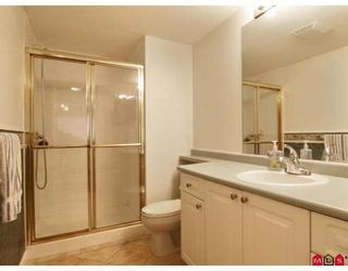 Photo 8: 304 2526 LAKEVIEW Crescent in Abbotsford: Central Abbotsford Condo for sale : MLS®# F2806584