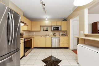 """Photo 7: 414 10188 155 Street in Surrey: Guildford Condo for sale in """"Sommerset"""" (North Surrey)  : MLS®# R2565723"""