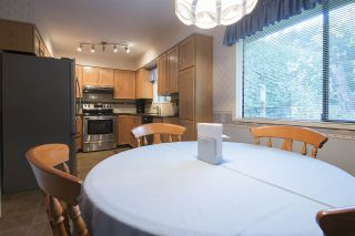 """Photo 6: 2369 WOODSTOCK Drive in Abbotsford: Abbotsford East House for sale in """"McMillan Area"""" : MLS®# R2218848"""