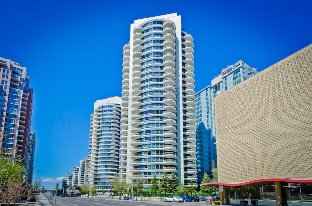 Main Photo: 2004 1078 6 Avenue SW in Calgary: Downtown West End Apartment for sale : MLS®# A1113537
