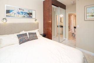 """Photo 13: 105 928 RICHARDS Street in Vancouver: Yaletown Townhouse for sale in """"SAVOY"""" (Vancouver West)  : MLS®# R2188687"""