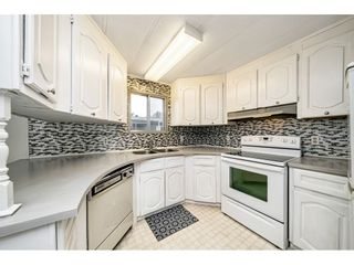 """Photo 19: 108 15875 20 Avenue in Surrey: King George Corridor Manufactured Home for sale in """"Sea Ridge Bays"""" (South Surrey White Rock)  : MLS®# R2512573"""