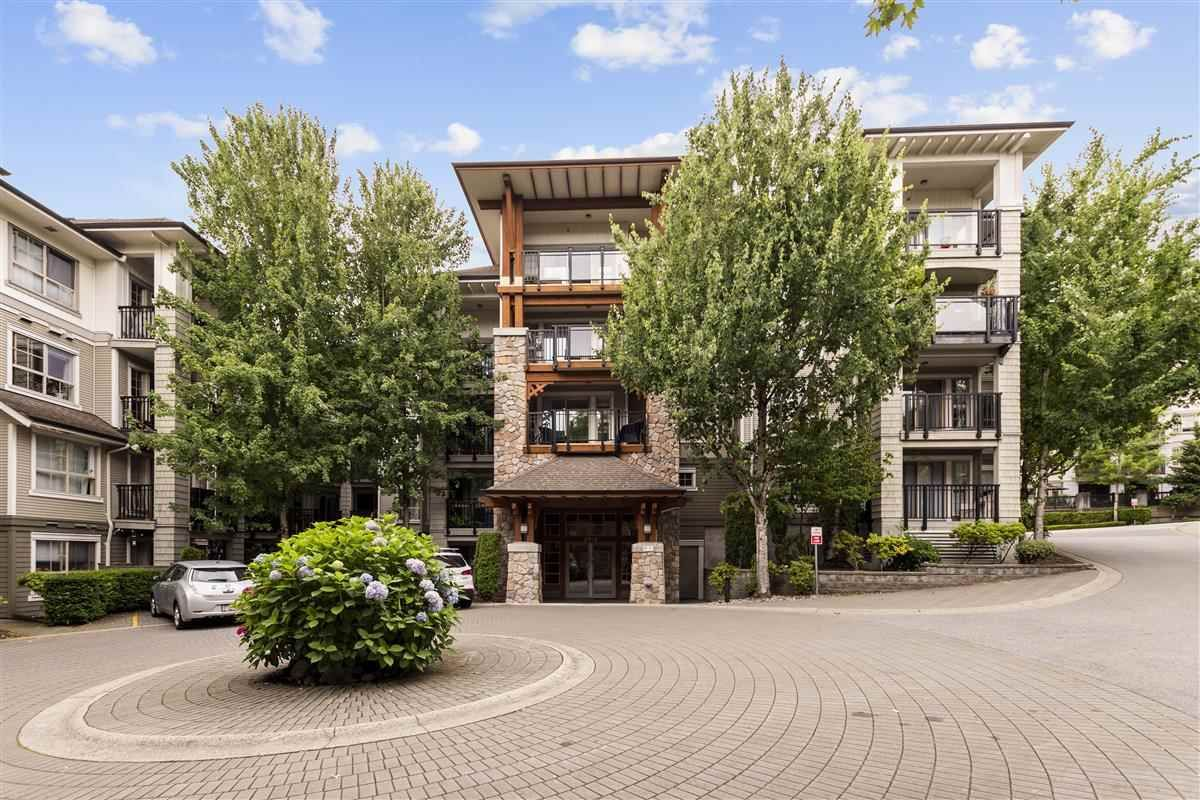 "Main Photo: 111 2958 SILVER SPRINGS Boulevard in Coquitlam: Westwood Plateau Condo for sale in ""TAMARISK"" : MLS®# R2479625"