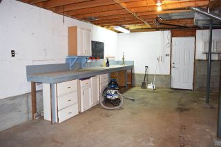 Photo 16: 7072 PORPOISE Drive in Sechelt: Sechelt District House for sale (Sunshine Coast)  : MLS®# R2553985