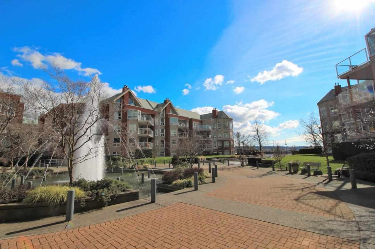 "Main Photo: 307A 1220 QUAYSIDE Drive in New Westminster: Quay Condo for sale in ""TIFFANY SHORES"" : MLS®# R2248729"