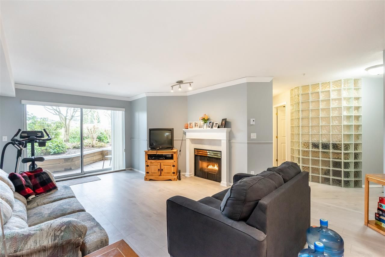 """Photo 3: Photos: 114 2750 FAIRLANE Street in Abbotsford: Central Abbotsford Condo for sale in """"The Fairlane"""" : MLS®# R2543289"""