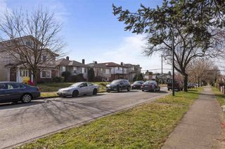 Photo 2: 3133 E 19TH Avenue in Vancouver: Renfrew Heights House for sale (Vancouver East)  : MLS®# R2549145