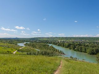 Photo 38: 5451 Silverdale Drive NW in Calgary: Silver Springs Detached for sale : MLS®# A1011333