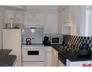 """Photo 4: 112 34909 OLD YALE Road in Abbotsford: Abbotsford East Townhouse for sale in """"The Gardens"""" : MLS®# F2920595"""