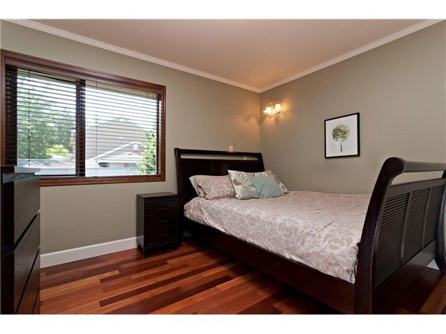 """Photo 13: Photos: 462 CONNAUGHT Drive in Tsawwassen: Pebble Hill House for sale in """"PEBBLE HILL"""" : MLS®# V1055875"""