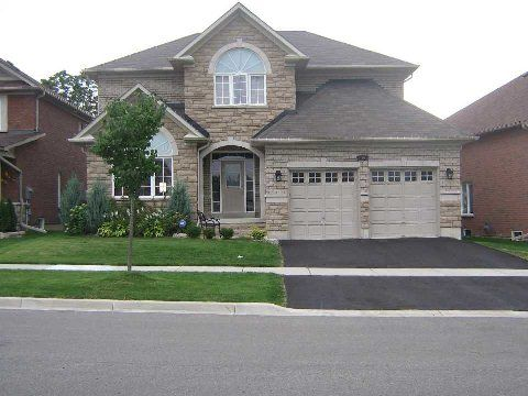 Photo 1: Photos: 14 Don Morris Court in Clarington: Bowmanville House (2-Storey) for lease : MLS®# E2794787