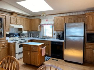 Photo 5: 16 King Crescent in Portage la Prairie RM: House for sale : MLS®# 202112003