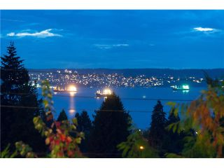 Photo 10: 1136 Mathers Av in West Vancouver: Ambleside House for sale : MLS®# V1090869