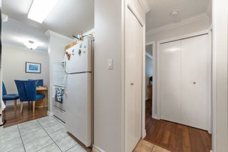 """Photo 18: 217 1850 E SOUTHMERE Crescent in Surrey: Sunnyside Park Surrey Condo for sale in """"SOUTHMERE PLACE"""" (South Surrey White Rock)  : MLS®# R2603585"""