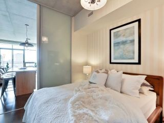 Photo 2: 33 Mill St Unit #427 in Toronto: Waterfront Communities C8 Condo for sale (Toronto C08)  : MLS®# C3592166