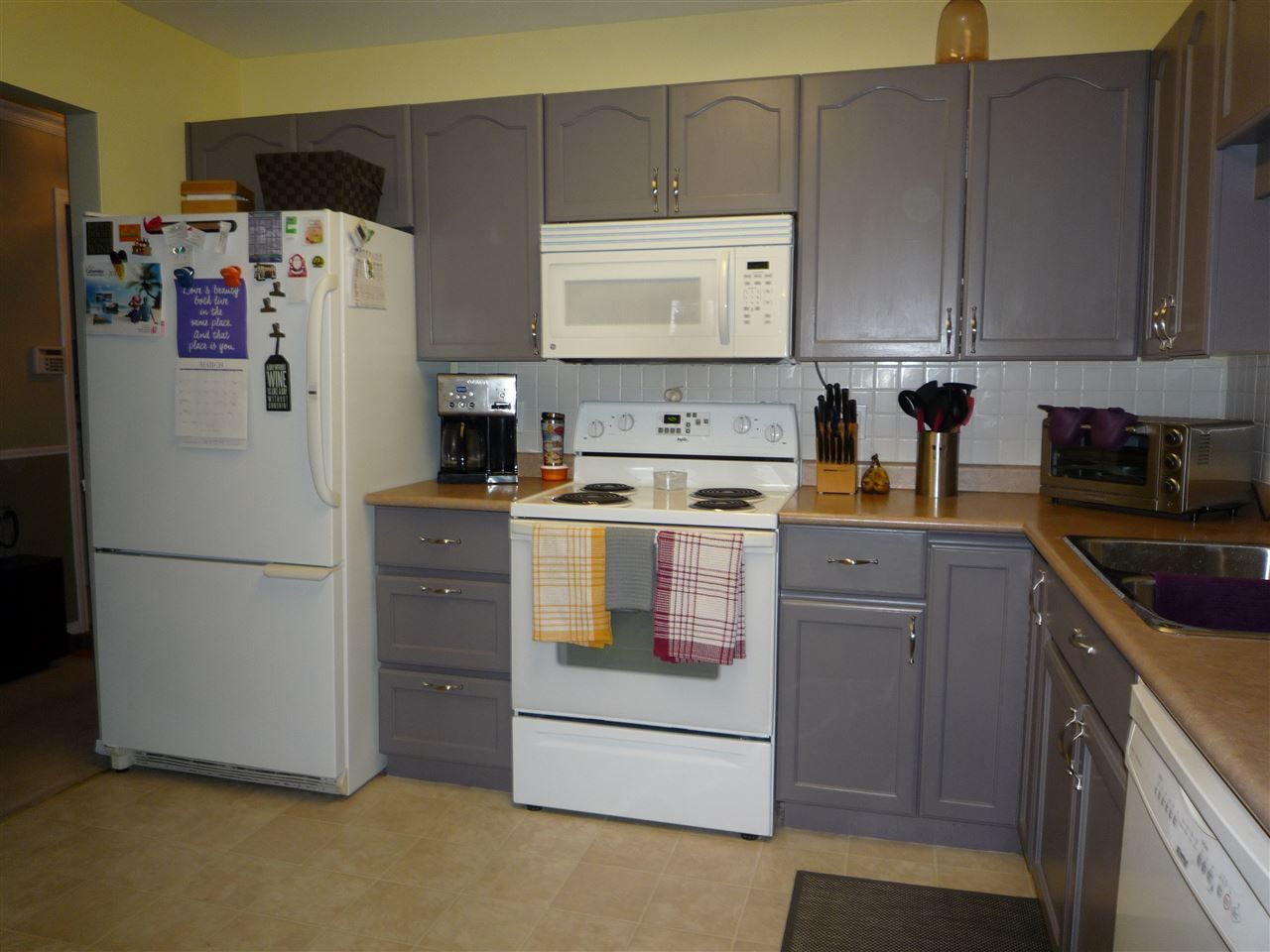 """Photo 9: Photos: 104 9400 COOK Street in Chilliwack: Chilliwack N Yale-Well Condo for sale in """"THE WELLINGTON"""" : MLS®# R2076679"""