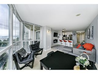 """Photo 5: 1502 907 BEACH Avenue in Vancouver: Yaletown Condo for sale in """"CORAL COURT"""" (Vancouver West)  : MLS®# R2457774"""