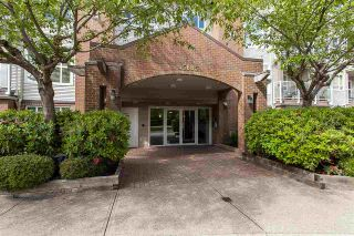 "Photo 2: 404 15885 84 Avenue in Surrey: Fleetwood Tynehead Condo for sale in ""Abbey Road"" : MLS®# R2372241"