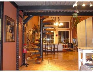 """Photo 2: 305 336 E 1ST Avenue in Vancouver: Mount Pleasant VE Condo for sale in """"ARTECH"""" (Vancouver East)  : MLS®# V749189"""