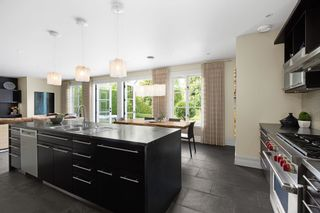 """Photo 12: 1024 BELMONT Avenue in North Vancouver: Edgemont House for sale in """"EDGEMONT VILLAGE"""" : MLS®# R2616613"""