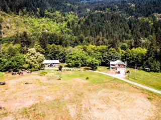 "Photo 1: 2211/31 DRUMMOND Road in Squamish: Upper Squamish House for sale in ""UPPER SQUAMISH"" : MLS®# R2190623"
