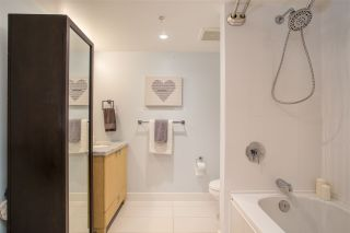 Photo 16: 300 160 W 3RD STREET in North Vancouver: Lower Lonsdale Condo for sale : MLS®# R2399108