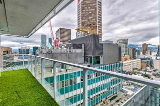 """Photo 17: 2306 777 RICHARDS Street in Vancouver: Downtown VW Condo for sale in """"TELUS GARDEN"""" (Vancouver West)  : MLS®# R2512538"""
